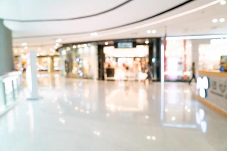 Sfocatura astratta e centro commerciale sfocato o interno di un grande magazzino