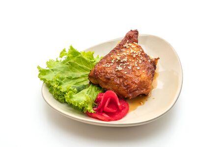 grilled chicken steak with teriyaki sauce isolated on white background Zdjęcie Seryjne - 129253185