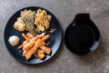 shrimps tempura (battered fried shrimps) with vegetable - japanese food style