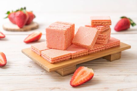 wafer with strawberry cream  flavour Reklamní fotografie