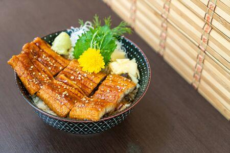 eel (Unagi) on topped rice bowl (donburi) - Japanese food style Stockfoto