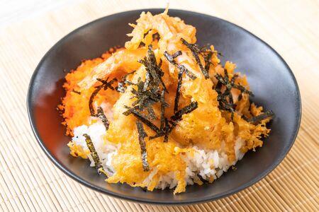 shrimps tempura rice bowl with shrimp egg and seaweed - japanese food style