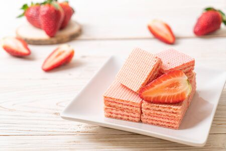 wafer with strawberry cream  flavour Reklamní fotografie