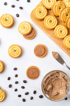 sandwich cookies with coffee cream Banco de Imagens