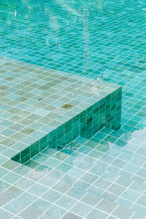 stair step in swimming pool