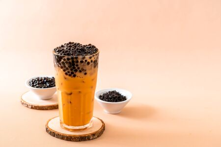 Iced Thai Milk Tea with Bubbles