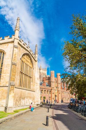 Cambridge, UK - AUG 28 2019: Old Trinity street in Cambridge, UK. It's a university city and the county town of Cambridgeshire, England. 報道画像