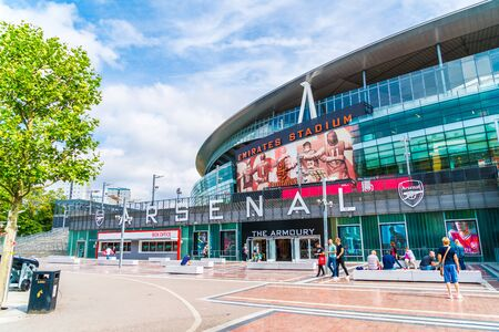 LONDON, UNITED KINGDOM - 31 AUG 2019: Outside view of Emirates Stadium,the home ground for Arsenal Football Club. Imagens