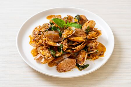 Stir Fried Clams with Roasted Chilli Paste - Asian food style