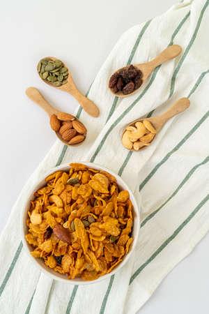 Grains cornflakes (Cashew nut, Almond, Pumpkin seeds and Sunflower seed) - healthy multigrain food