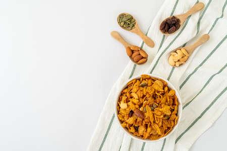Grains cornflakes (Cashew nut, Almond, Pumpkin seeds and Sunflower seed) - healthy multigrain food Foto de archivo