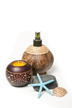 Coconut shell pot with spray head photo
