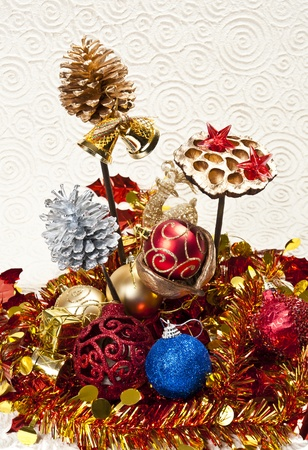 Pine cone and Christmas ball Stock Photo - 8457133