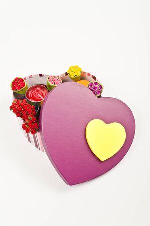 Cuadro de coraz�n abierto con rosas