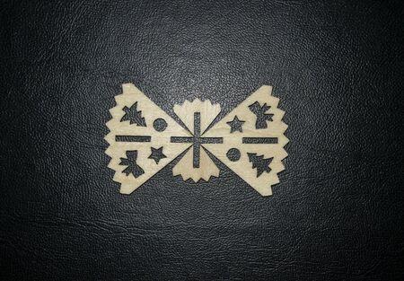 Wooden Christmas leaf decoration