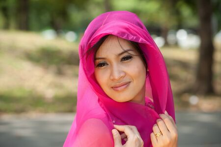 sexy asian girl: Pretty Asian in pink Indian clothes in posing