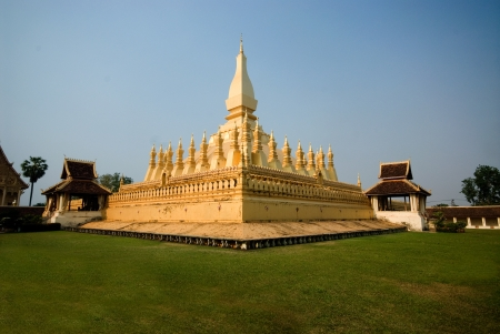 Golden stupa at Laos Stock Photo - 16328942