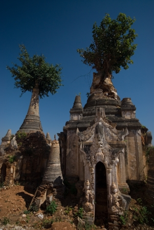 Ancient Pagodas of Inn Taing temple near Inle lake at Shan state in Myanmar Stock Photo - 16391458