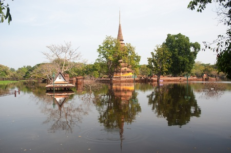 ayuttaya: Mega flood in 50 years at ancient temple in Ayuttaya historical park,Middle of Thailand   Stock Photo