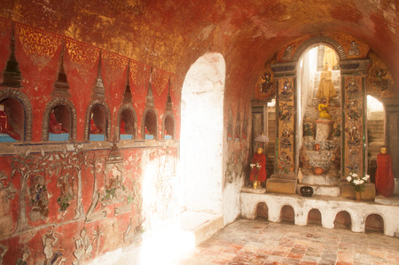 Buddhas in the wall, a spectacular site in pagoda of Nyan Shwe Kgua temple near Inle lake in Nyaungshwe,Myanmar.