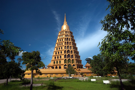 behold: Pha That Chedi  Sri Pho Thong is pagoda is beautiful to behold.