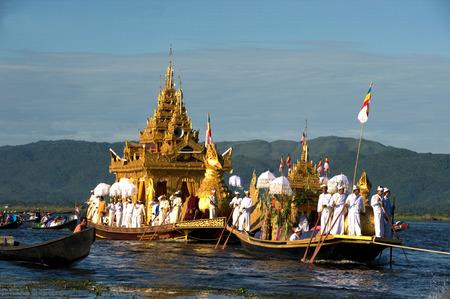 daw: Royal Karaweik Barge in Phaung Daw Oo Pagoda festival,Myanmar.