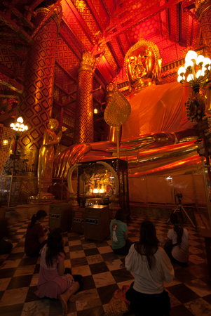 peoples: The Thai Buddhist peoples are worshiped Luang Pho Tho in Wat Phanan Choeng,Ayutthaya,Thailand. Editorial