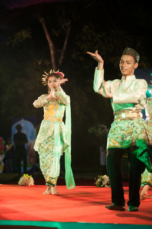BANGKOK THAILAND - JANUARY 17 , 2015 : Unidentified dancer is Southern traditional Thai dancing in Participants take part in the celebration of Thailand tourism Festival at Lumpini Park.