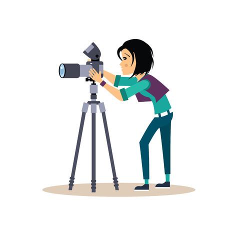 Koel vector vrouwelijke fotograaf met een camera en statief. Vector Illustratie in vlakke stijl.