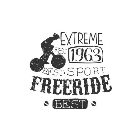 silueta ciclista: Etiqueta Extreme Freeride de la vendimia con la silueta del jinete. Blanco y negro Freeride Club de mano Drawn del emblema. Monocromático retro vector diseñado sello.