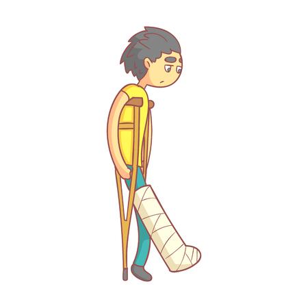 Ongelukkige jonge man met donker haar op krukken met gebroken been.