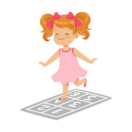 Bella bambina in un vestito rosa che gioca a campana, illustrazione variopinta di vettore del carattere Archivio Fotografico - 82767075