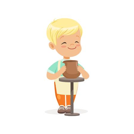 かわいい小さな少年ポッター陶磁器の鍋、子供たちの創造性、教育、子どもの発達、カラフルな文字ベクトル図を作る