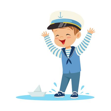 종이 보트와 함께 노는 웅덩이에 선원 의상 서 입고 귀여운 웃는 소년 문자 다채로운 벡터 일러스트 스톡 콘텐츠 - 84080390