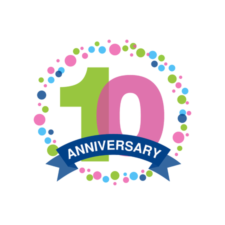 10 周年記念カラー デザイン、白地にリボン ベクトル図と幸せな休日お祭りお祝いエンブレム  イラスト・ベクター素材