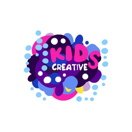 Creatief ontwerp van kinderen, kleurrijke hand getrokken badges voor kinderclub, centrum, school, kunststudio, speelgoedwinkel en andere projecten van kinderen vector illustratie geïsoleerd op een witte achtergrond