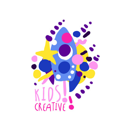 Kinderen creatieve kleurrijke ontwerpsjabloon, labels voor kinderclub, centrum, school, kunststudio, speelgoedwinkel en andere kinderprojecten hand getekende vector illustratie geïsoleerd op een witte achtergrond Stock Illustratie