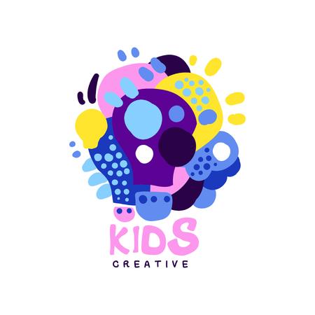 Kinderen creatief ontwerpsjabloon, kleurrijke labels en badges voor kinderen club, centrum, school, kunststudio, speelgoed winkel en andere projecten van kinderen hand getrokken vectorillustratie