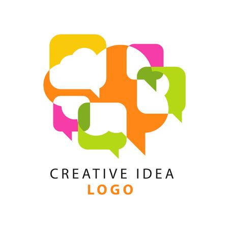 Modèle de logo idée créative avec des icônes de bulles abstraites colorées discours qui se chevauchent. Entreprise éducative, label de centre en développement. Concept de brainstorming de personnes. Illustration vectorielle isolée sur blanc Logo