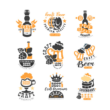 Vector set of original black and orange beer logo templates. Alcoholic drink theme. Emblems for product packaging, brewing company, pub or bar Stock Illustratie