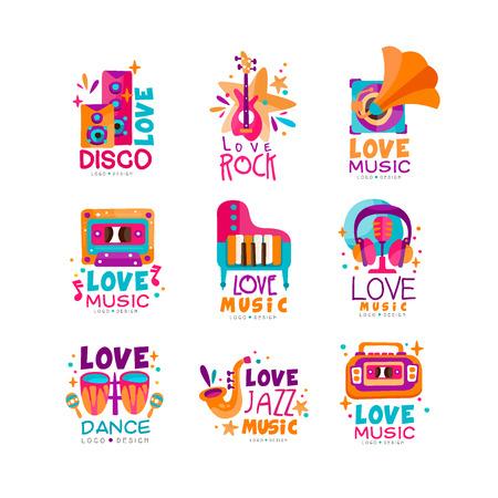 Conjunto de logos musicales brillantes con instrumentos musicales, cassette, grabadora, gramófono y subwoofers. diseño del vector