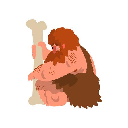 Gespierde primitieve holbewoner zittend met enorme bot, steentijd prehistorische man karakter cartoon vector illustratie op een witte achtergrond