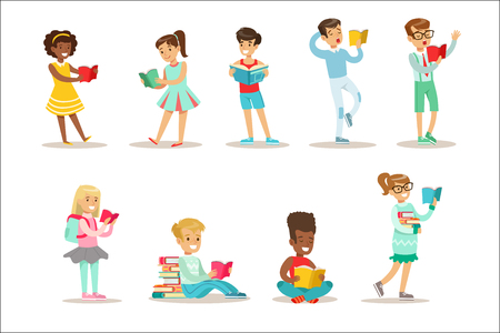 Children Who Love To Read Set Of Illustrations With Kids Enjoying Reading Books At Home And In The Library. Teenager Bookworms Collection Of Cartoon Vector Characters Smiling And Enjoying Their Pastime. 矢量图像