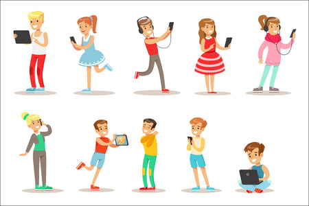 Children And Gadgets Set Of Illustrations With Kids Watching, Listening And Playing Using Electronic Devices. Teenager Technology Addicts Collection Of Cartoon Vector Characters Smiling And Enjoying T  イラスト・ベクター素材