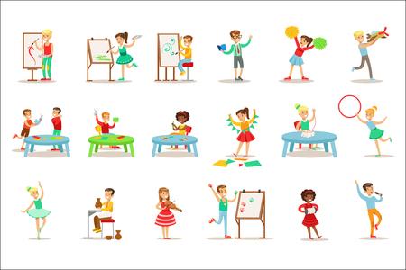 Bambini creativi che praticano diverse arti e mestieri in classe d'arte e da soli insieme di bambini e illustrazioni a tema creatività. Disegni vettoriali di cartoni animati piatti con studiosi che dimostrano ceramica, danza, canto, pittura e altre abilità creative Vettoriali
