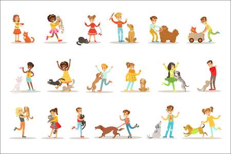 Ensemble d'illustrations d'enfants et de chats avec des enfants jouant et prenant soin d'animaux de compagnie. Garçons et filles heureux personnages de dessins animés avec des animaux domestiqués Collection de dessins.