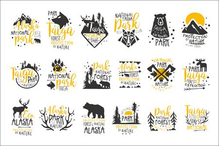 Serie de carteles de promoción del Parque Nacional de Alaska de coloridas plantillas de diseño de vectores con siluetas de elementos silvestres
