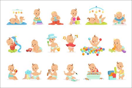 Bambini adorabili del fumetto Girly che giocano con i loro giocattoli farciti e strumenti di sviluppo Set di neonati felici carino. Dolci bambini piccoli in pannolini divertendosi e giocando giochi illustrazioni vettoriali. Vettoriali