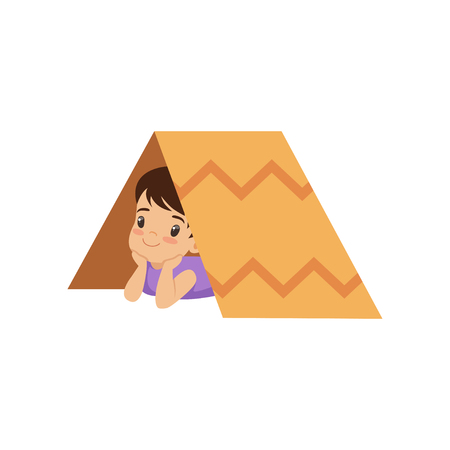 Cute boy playing with tent made of cardboard box vector Illustration isolated on a white background. Stock Illustratie