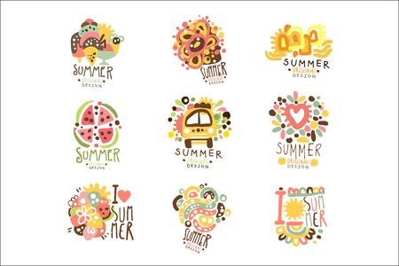 ラベルデザイン用の夏休みセット。旅、冒険、ビーチ、海カラフルなベクトルイラスト